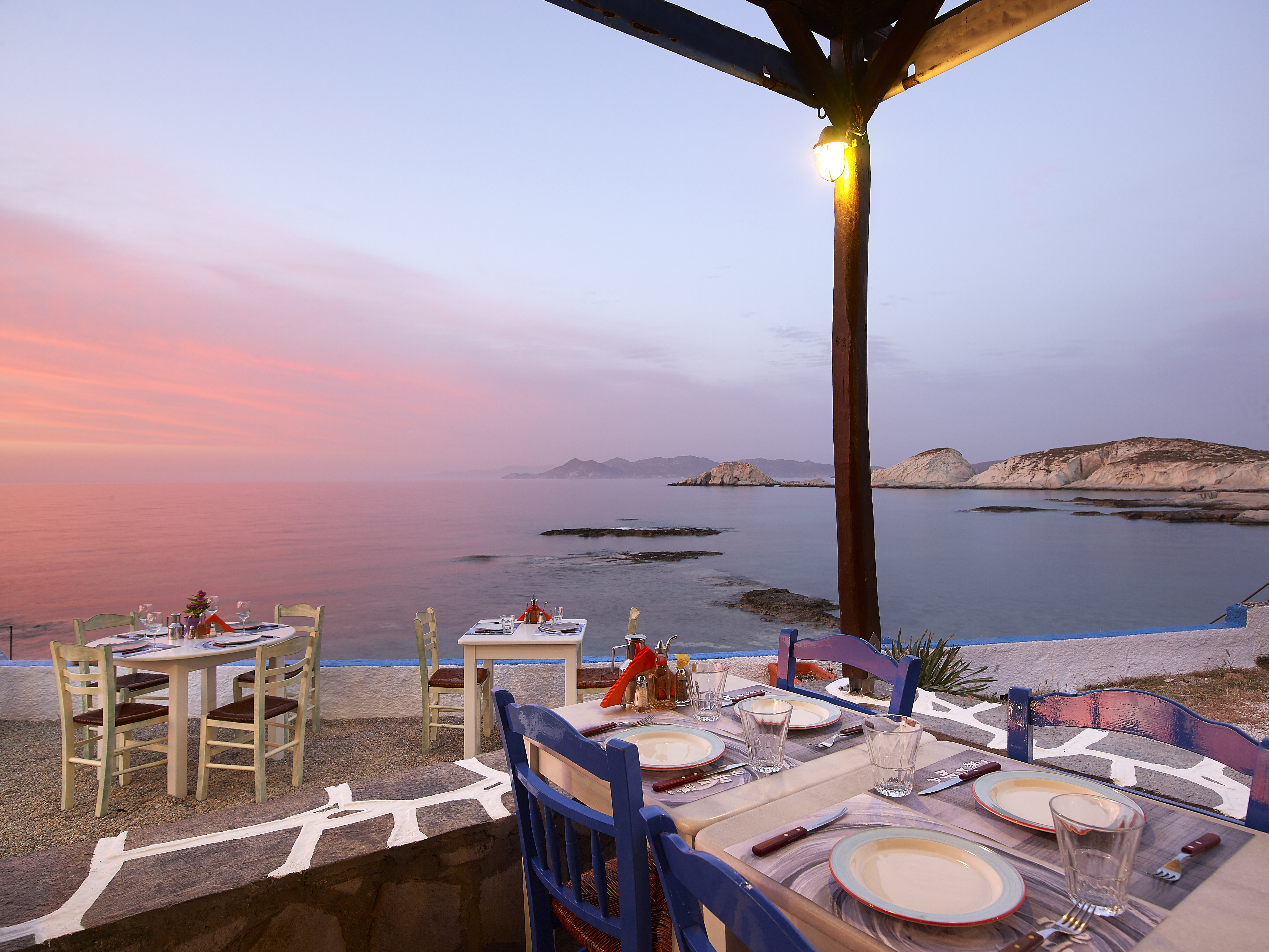 Sea decoration lanscape sunset colours sunsetlovers beauty nature summer summertime eating best dishes Medusa restaurant Milos island Cyclades Greece - Αντιγραφή